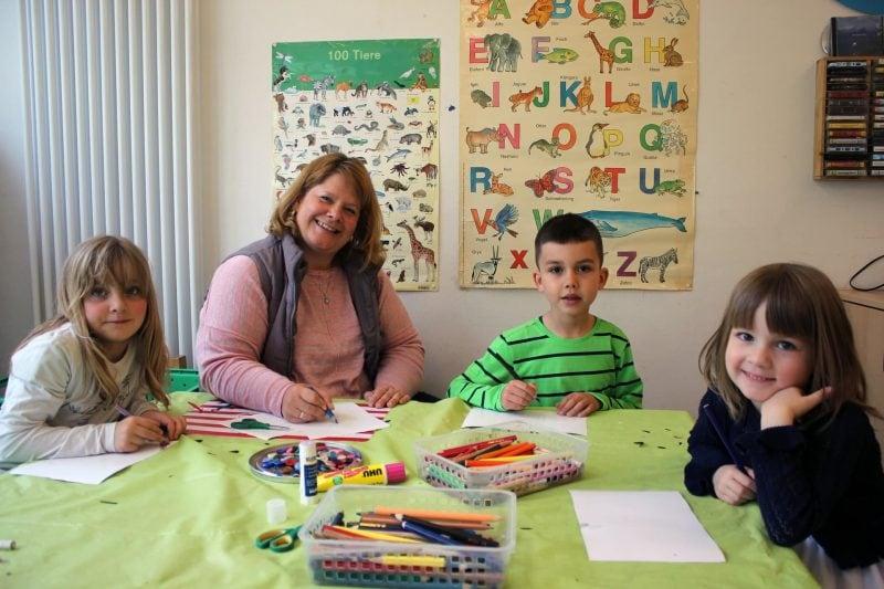 """Am Sonntag ist Muttertag: Regensburger Kindergartenkids sind bestens vorbereitet """"Mama ist die Beste"""""""