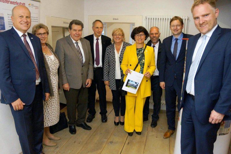 Markt Schierling Lob vom Staatsminister Dr. Hans Reichhart