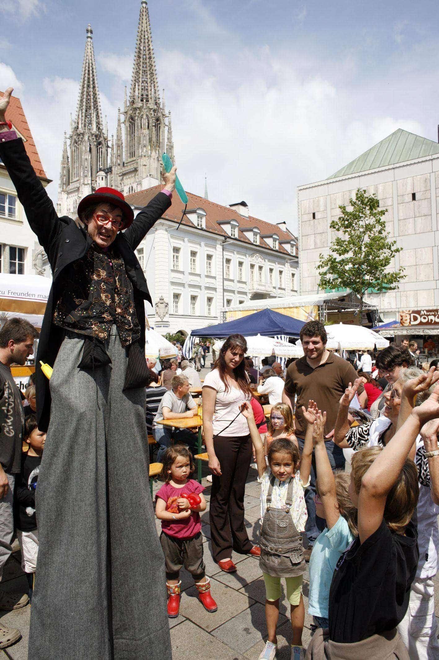 Stadt Regensburg sagt Bürgerfest 2021 ab Dennoch Sommer voller Kunst und Kultur