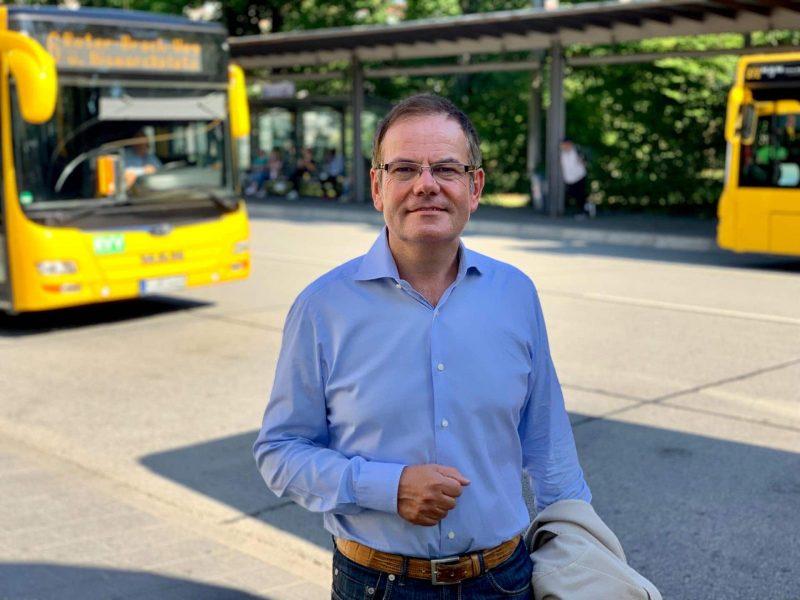 """""""Da traut sich doch keiner mehr durch"""" OB-Kandidat und CSB-Stadtrat Christian Janele will das Umfeld Albertstraße / Busbahnhof sicherer machen"""