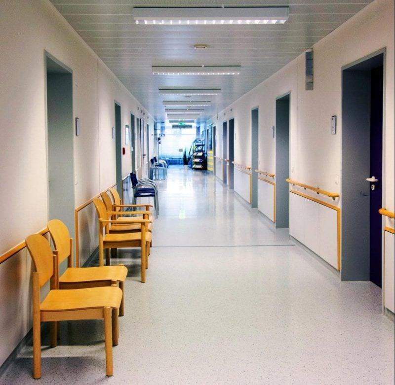 Krankenhäuser sollen schließen Kliniken aus Regensburg und Landkreisen beziehen Stellung zu Bertelsmann-Studie