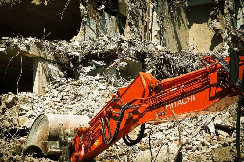 Am Montag beginnen die Abbrucharbeiten am Ernst-Reuter-Platz Erste Schritte hin zum Interims-ZOB