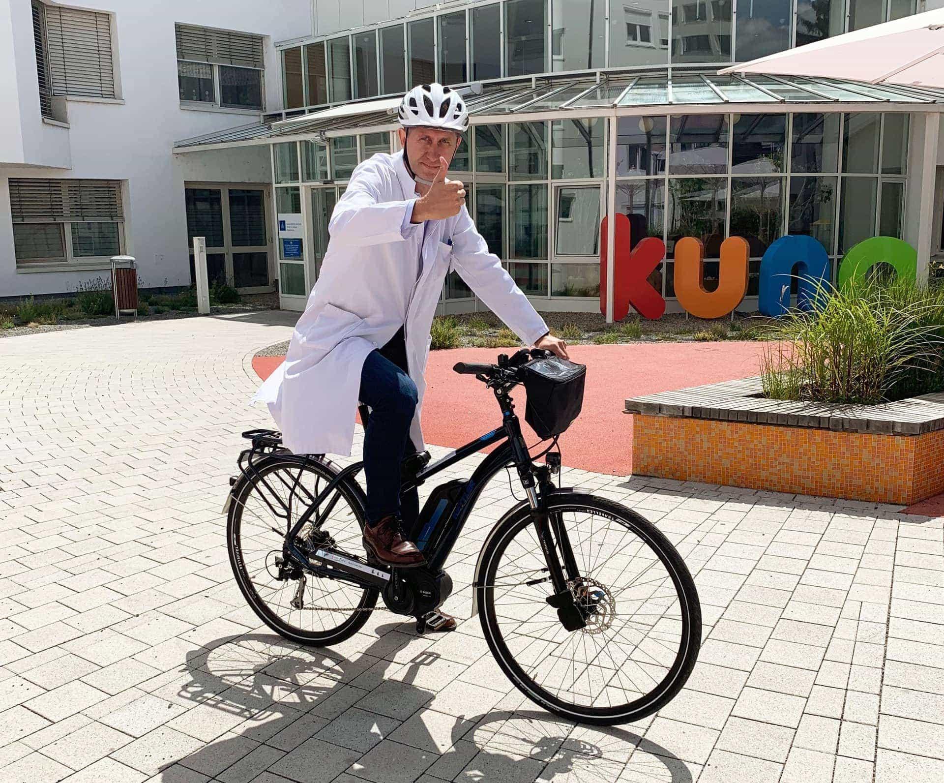 KUNO Ärzte radeln mit Elektroantrieb Ärzte steigen aufs Fahrrad um