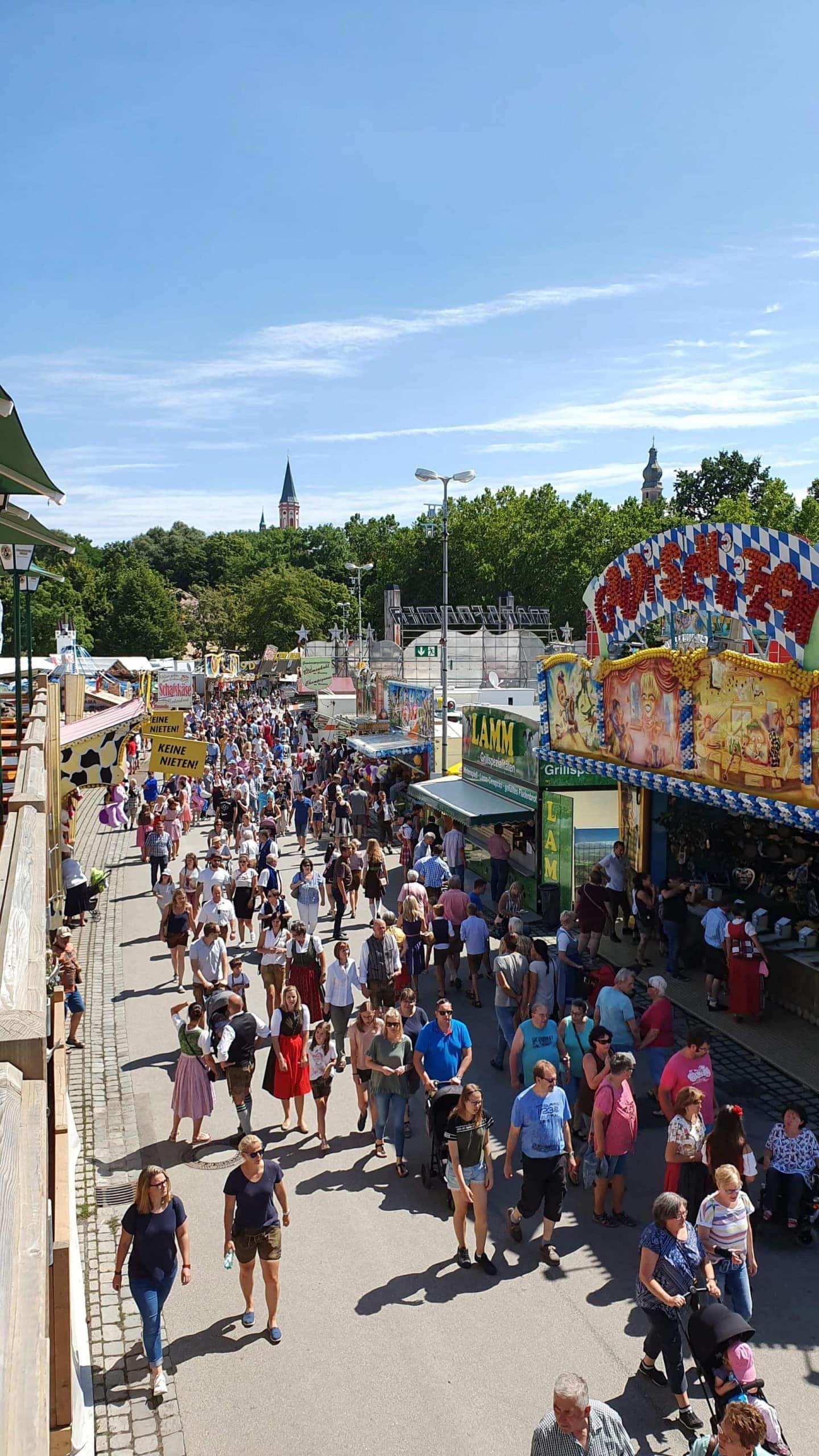 Gäubodenvolksfest und Ostbayernschau 2019 Gäubodenvolksfest in Straubing  lockte rund 1,45 Millionen Besucher an