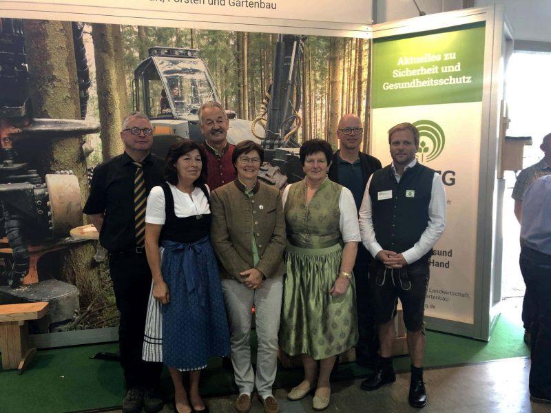 Geballtes Wissen bei der Ostbayernschau in Straubing Versicherung informiert über Arbeitssicherheit und Gesundheitsförderung