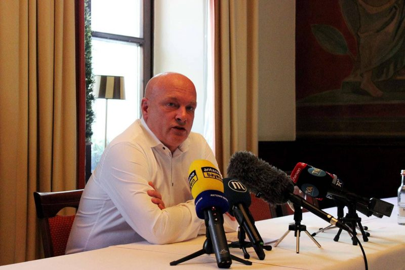 Joachim Wolbergs Suspendierung bleibt bestehen Nach erneutem Rückschlag reflektiert Joachim Wolbergs die Lage des Rechtsstaats und bittet öffentlich um Hilfe