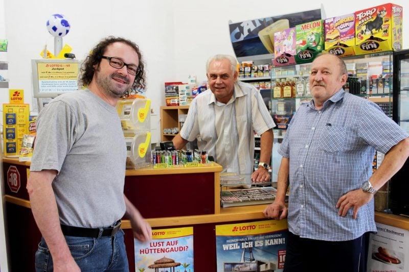 """Der """"Heinze"""" ist wieder da Das Regensburger Original steht wieder im Kiosk. Jetzt in Kumpfmühl."""