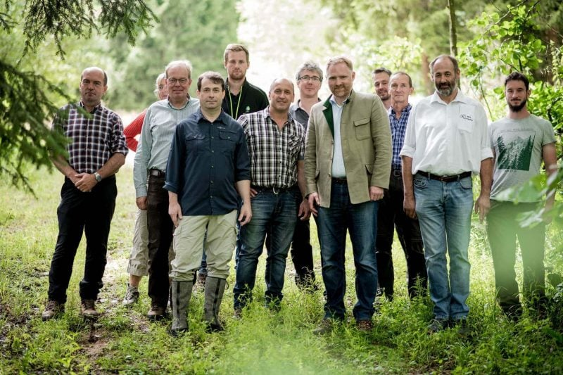 Unser Wald: Klimaretter und Wirtschaftsfaktor Bundestagsabgeordneter Peter Aumer verschaffte sich einen Überblick über die aktuelle Lage in unserer Region