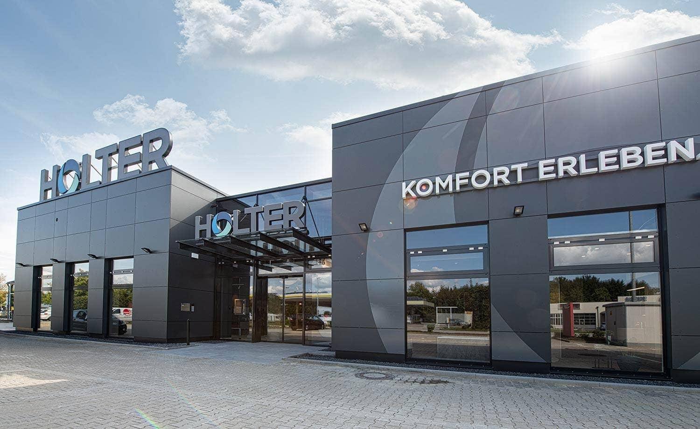 HOLTER neu in Obertraubling Bäderausstellung setzt neue Maßstäbe / Alles unter einem Dach