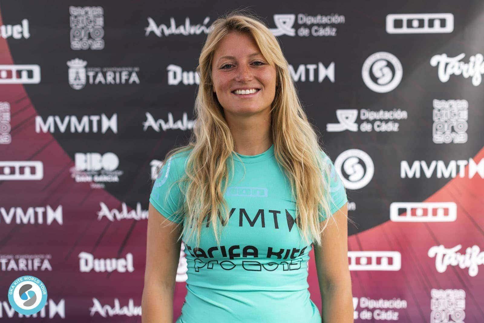Susanne Schwarztrauber aus Bad Abbach geht beim Kitesurf Weltcup auf Punktejagd Hohe Wellen, hohe Hürden auf Mauritius