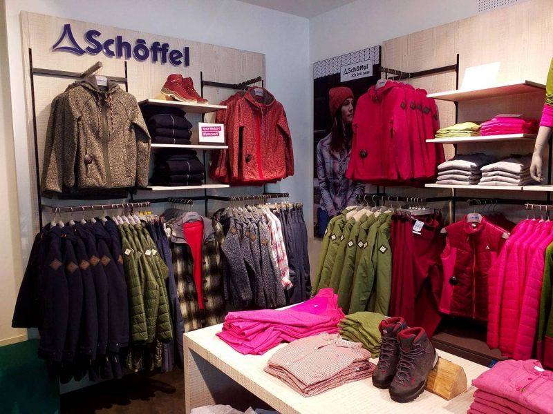Neue Kollektion im Schöffel-LOWA Store Regensburg Modische Outfits für Jedermann