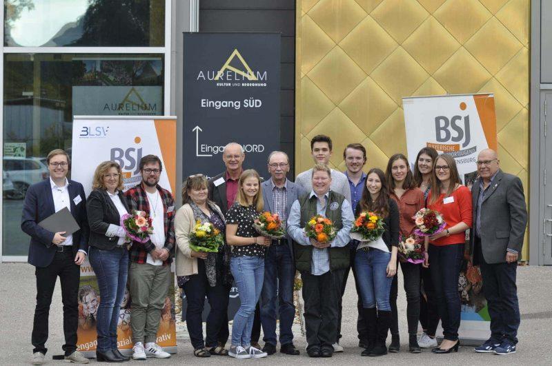 Sportjugend Regensburg: Neues Team für vier Jahre gewählt Sportjugend Regensburg: Neues Team für vier Jahre gewählt / Jugendaustausch und Bildung sind Arbeitsschwerpunkte