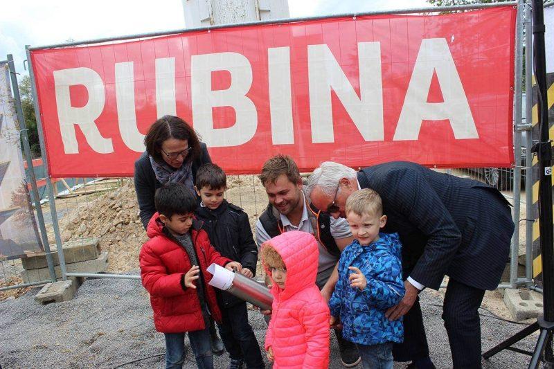 RUBINA: Ein Haus voll grüner Energie Grundsteinlegung für Regensburgs klimaneutrales Leuchtturmprojekt