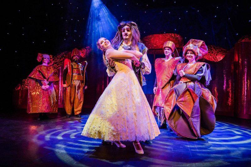 """Die Kraft der Liebe """"Die Schöne und das Biest"""" als Familien-Musical in Regensburg"""