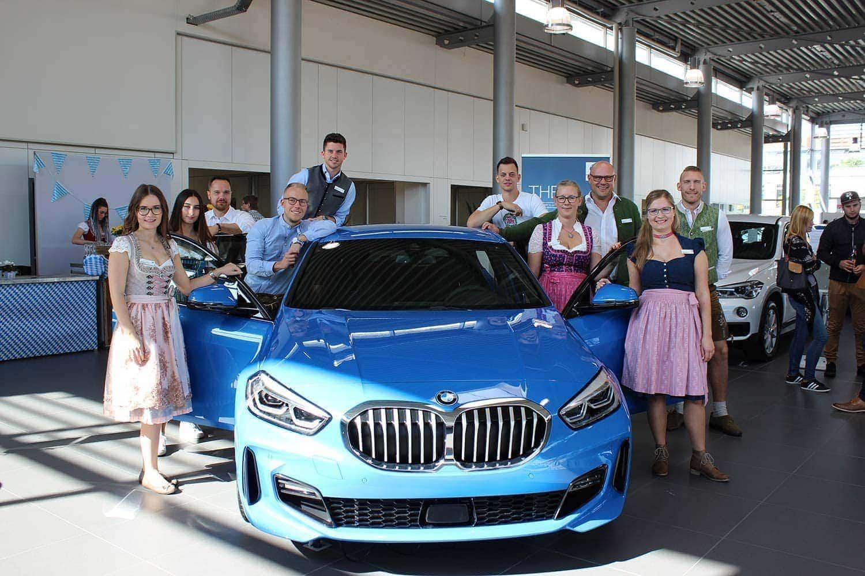Bayerische Gemütlichkeit Autohaus Hofmann feiert Familienfest
