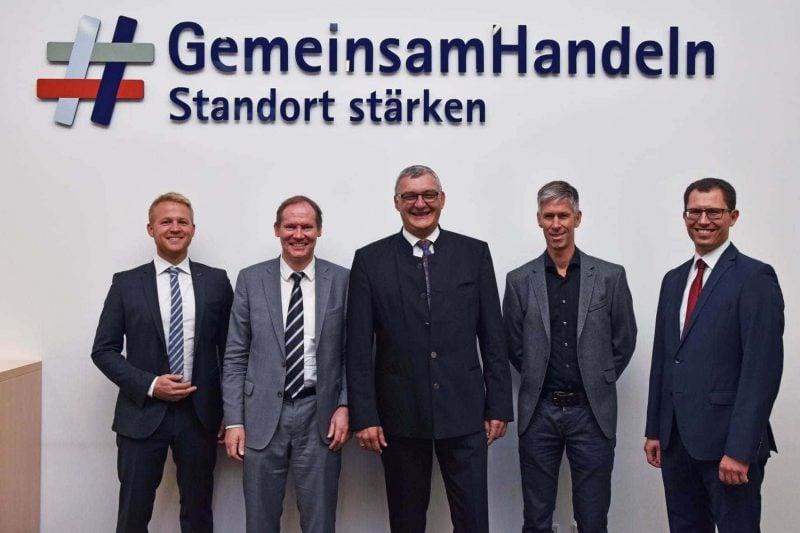 Regensburg: IHK-Mobilitätsausschuss sieht Potenzial für Unternehmen und Pendler Wie der E-Roller mobil macht