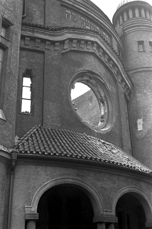 Jüdische Geschichte und Kultur Regensburgs Vortrag über die Pogromnacht von 1938