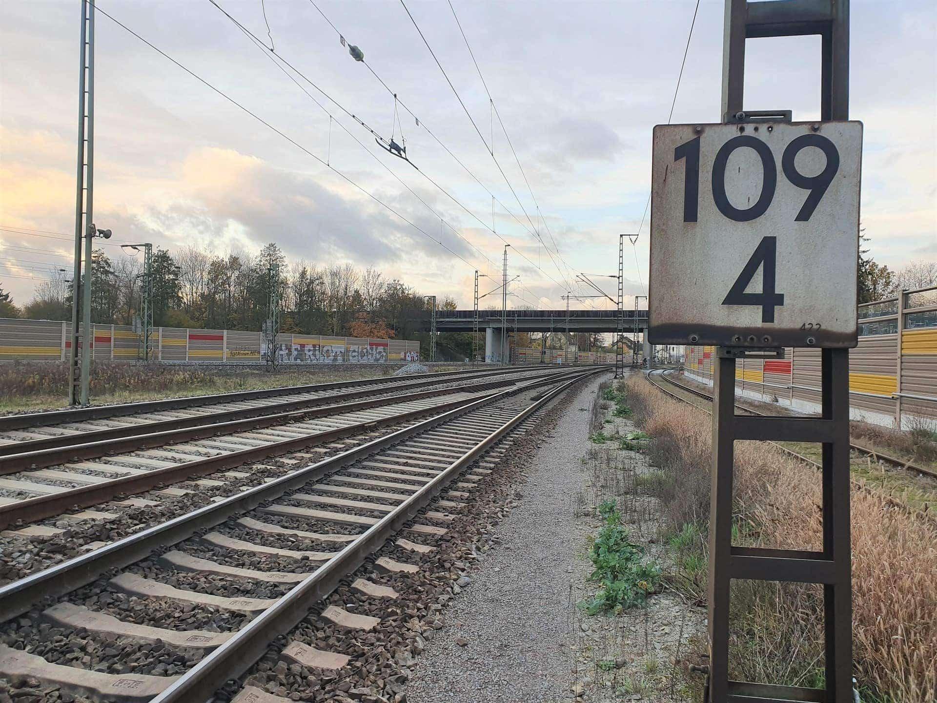 Elektrifizierung der Bahnstrecke zwischen Regensburg und Hof Gesetz soll Großprojekt beschleunigen