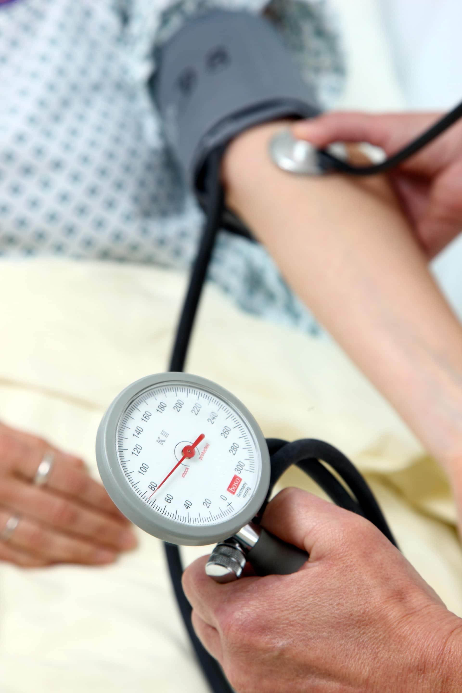 Kostenfreie Informationsabende der AOK Bayern in Regensburg Vorträge über Diabetes, Bluthochdruck, Pflegegrade und mehr