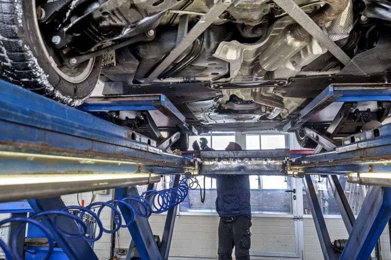 TÜV-Report 2020 Gut jedes fünfte Auto fällt durch die HU