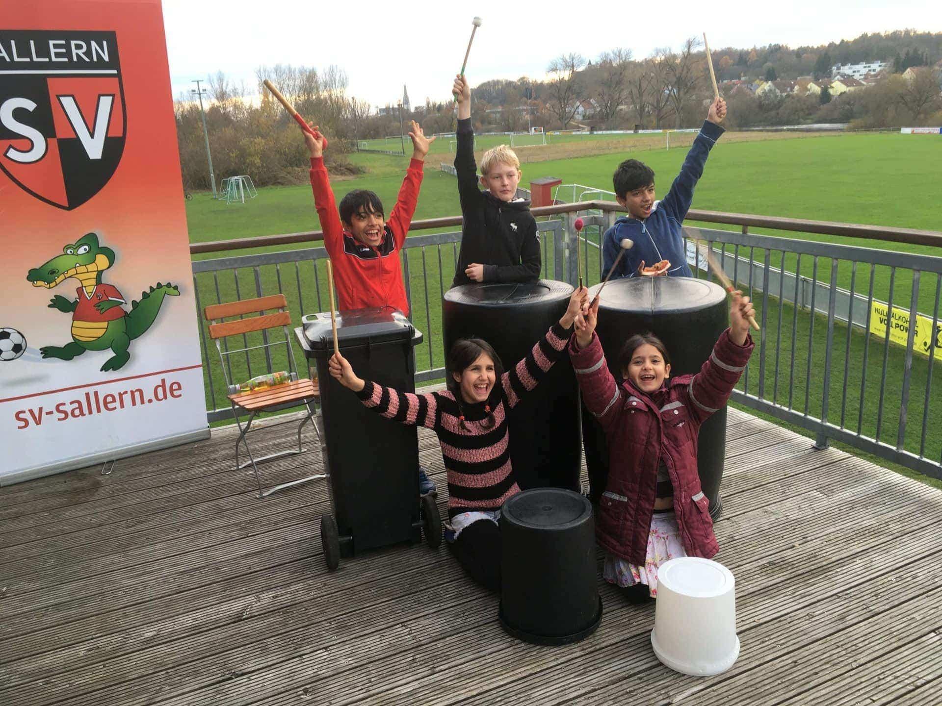 Blizz Leserreporter: Auch in der Winterpause rührt sich was beim SV Sallern Trommel macht Spaß