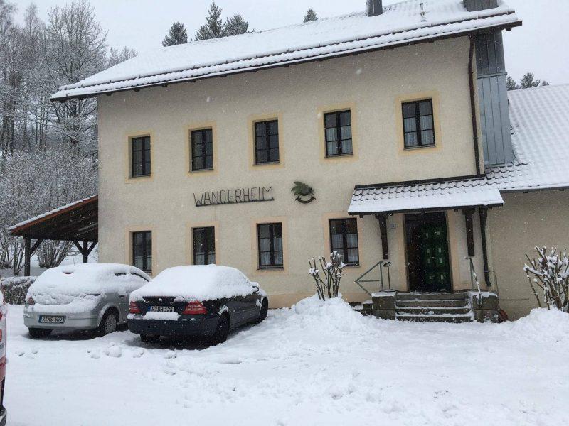 Gneissen ist das Ziel einer Wochenendfahrt SV Sallern: Tagesfahrt für Jugendliche in die Thermenwelt Weiden