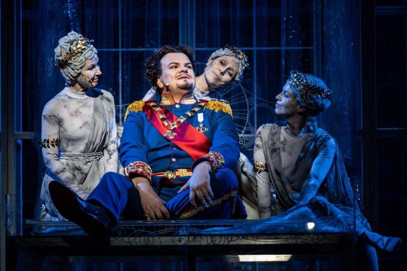 Ludwig II. – Sehnsucht nach dem Paradies Der Märchenkönig singt im Theater am Bismarckplatz