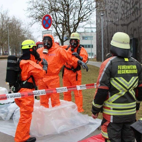 Bildergalerie: Silounfall und Gefahrstoffalarm in Regensburg