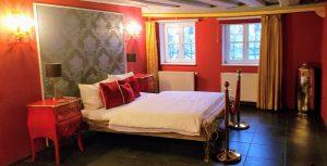 Zweibettzimmer im Elements Hotel