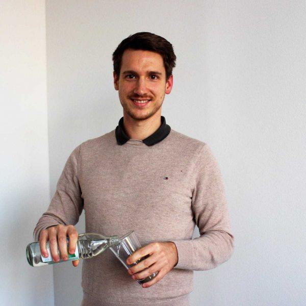 Fit nach den Feiertagen: Mehr Energie durch Ernährungscoaching Andreas Bauer berät Abnehmwillige und gibt Tipps rund um Ernährung und sportliche Betätigung