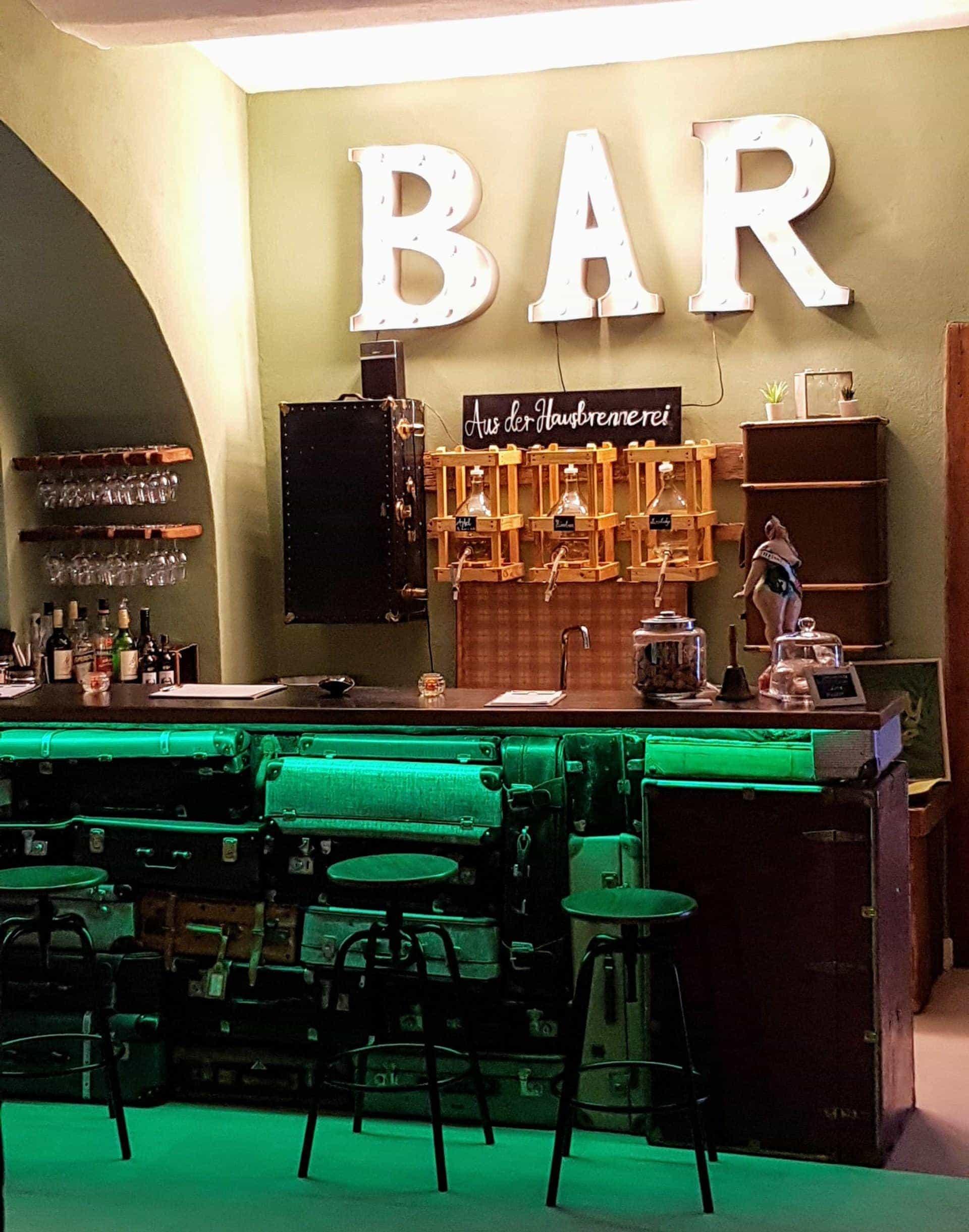 An der Bar des Green Spirit HOtels