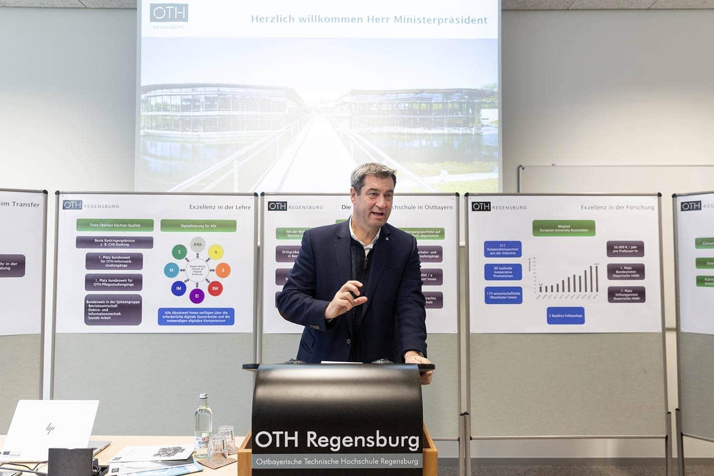 """Ministerpräsident Söder zu Gast bei der OTH Regensburg """"In den Hochschulen liegt die Basis für die Zukunft des Hightech-Standorts Bayern"""""""