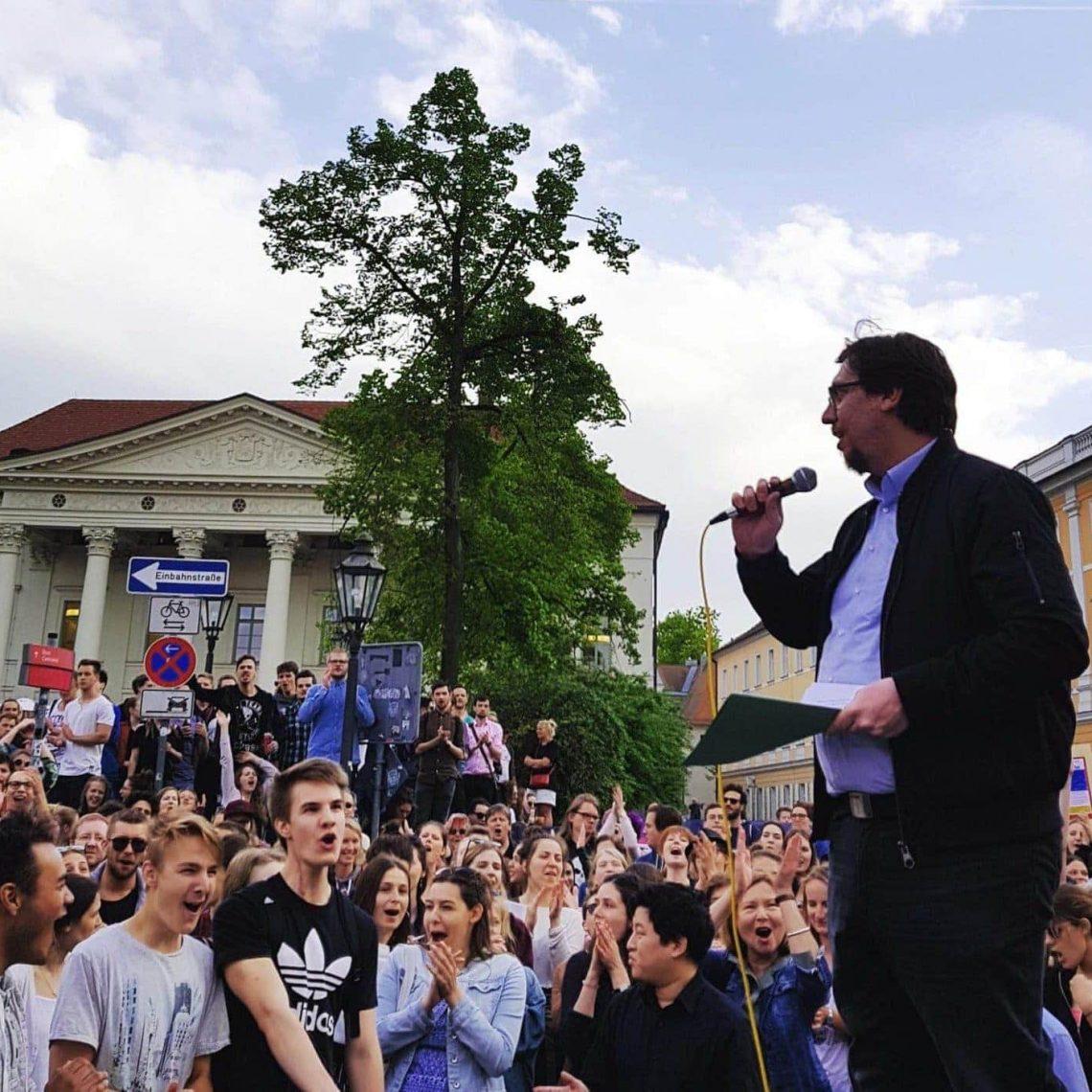 Neue Ideen für das Alte Rathaus Bezirksrat Stefan Christoph will Regensburgs erster grüner OB werden