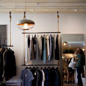 """Nachhaltigkeit beim Thema Mode Label """"Grüner Knopf"""" kennzeichnet nachhaltige Kleidung"""