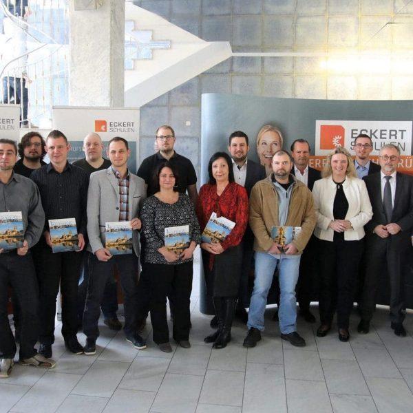 Ministerin Kerstin Schreyer bei den Eckert Schulen 127 Absolventen verabschiedet