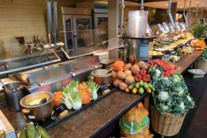 Mehr Bio in staatlichen Kantinen Bayerische Staatsregierung will Bewusstsein und Nachfrage für regionale Lebensmittel stärken
