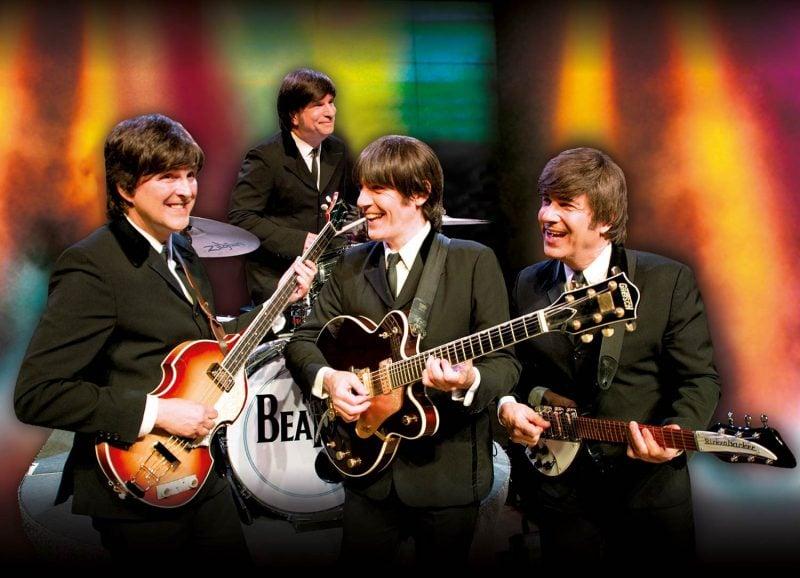 """""""Beatlemania"""" in der Domstadt Zum Dreifach-Jubiläum auf großer Tour: Das Erfolgs-Musical um die legendären Beatles kehrt zurück nach Regensburg"""