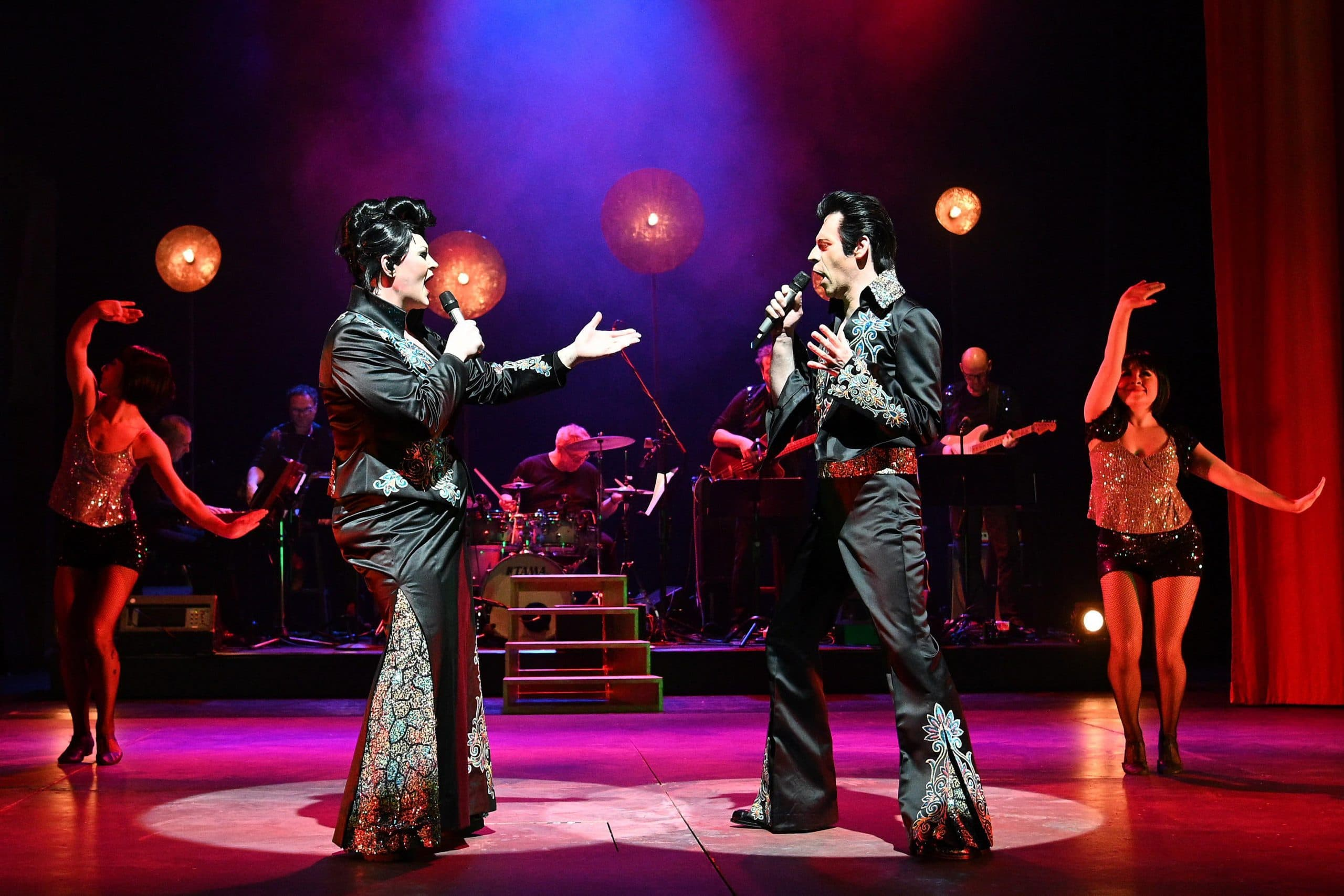 """Rockrevue im Velodrom – Hell, yeah! """"Jenseits von St. Emmeram"""": Große Stimmen und super Stimmung beim Showdown gegen den Teufel"""