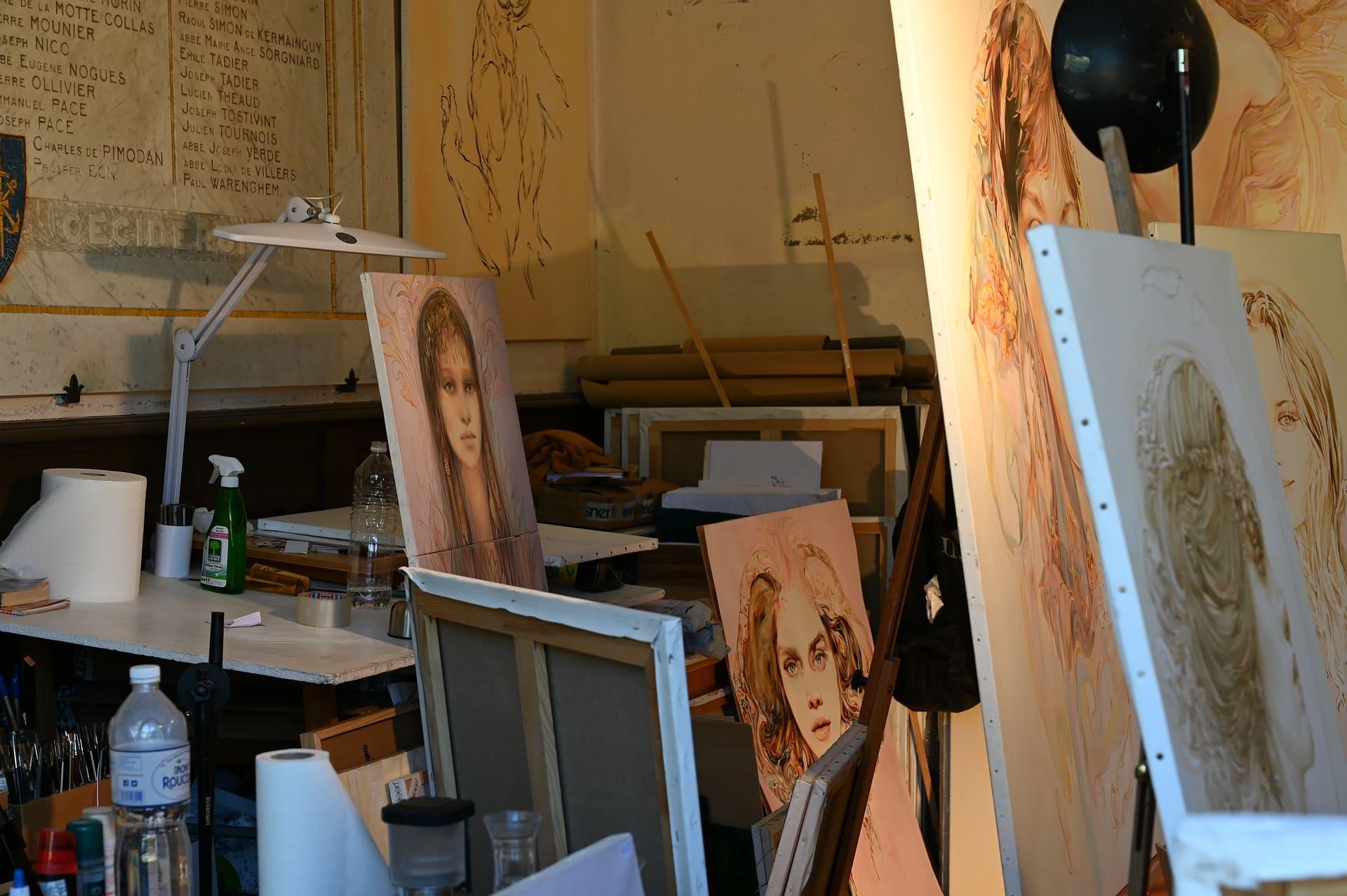 Geld für das eigene Atelier beantragen Unterstützung für Oberpfälzer Kunst