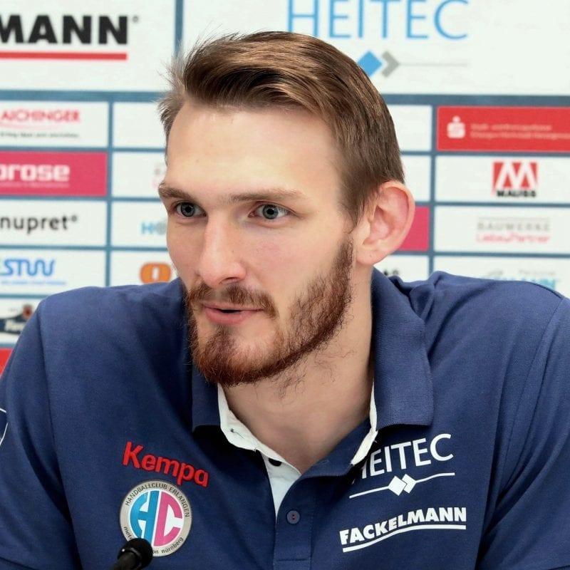 HC Erlangen verliert knapp gegen Magdeburg Blizz Leserreporter: Starkes Spiel trotz weniger Tore