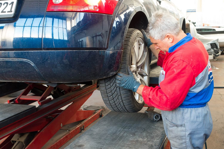 Bleiben Sie in Fahrt Frühjahrscheck: So wird Ihr Auto fit