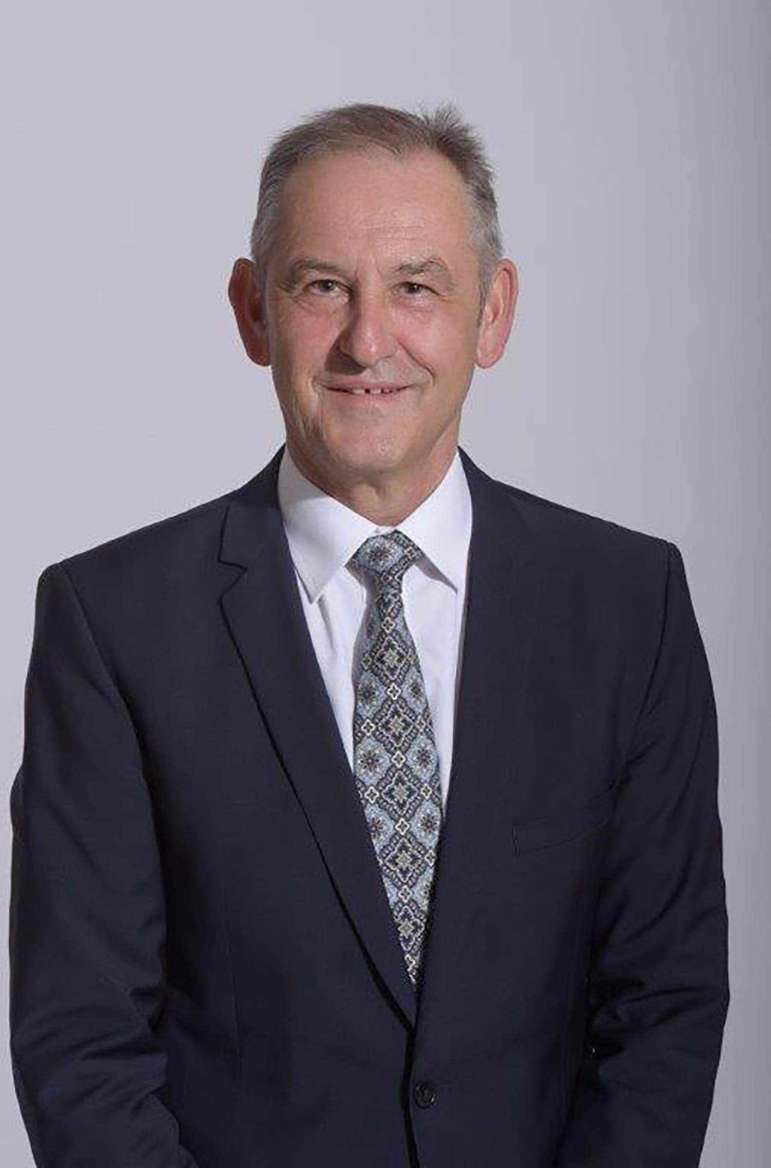 Freie Wähler - Ludwig Artinger (63) Direktor des Amtsgerichts Foto: Freie Wähler