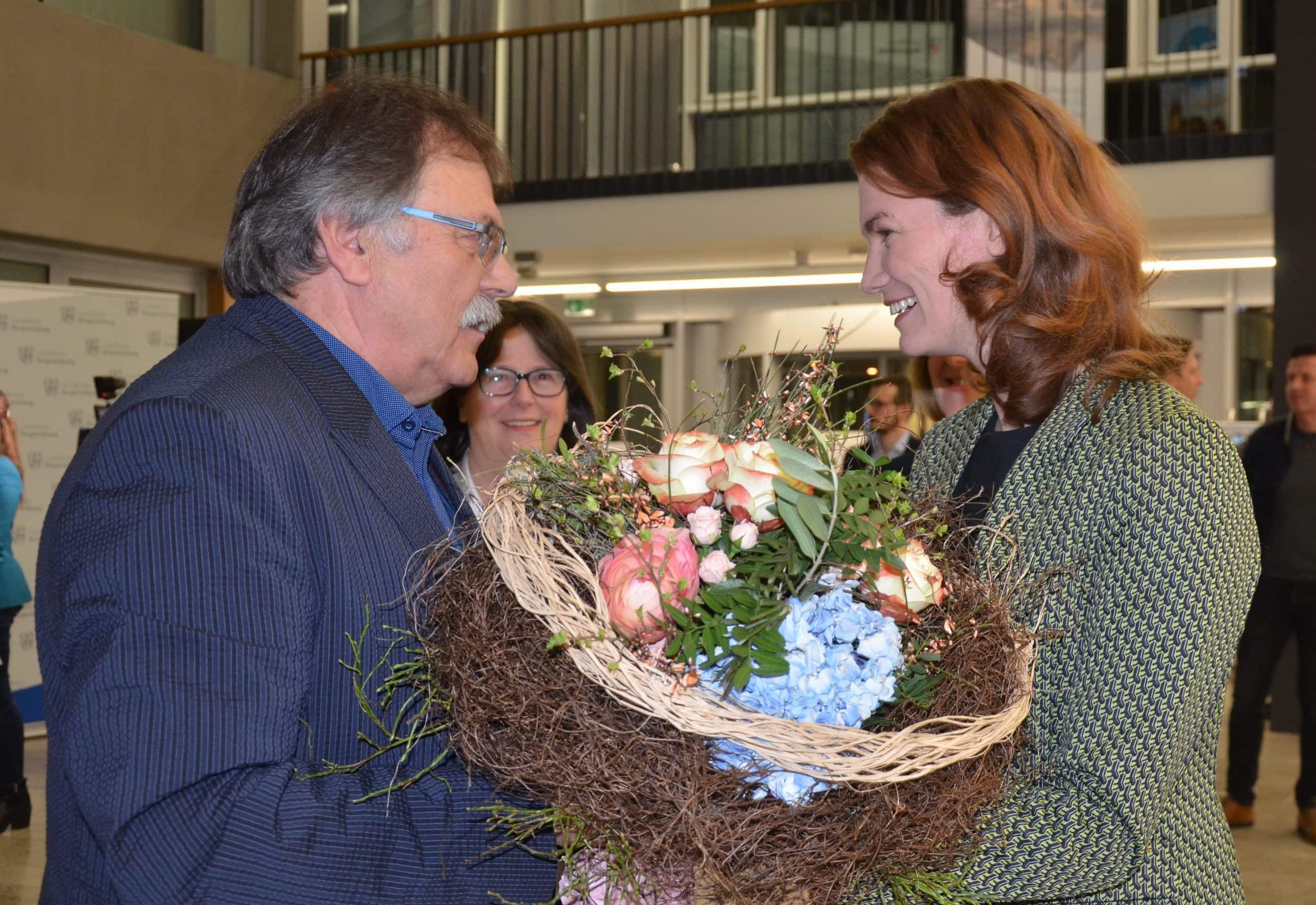 Landrätin Tanja Schweiger bleibt im Amt Die Wahlbeteiligung: 66,07 %