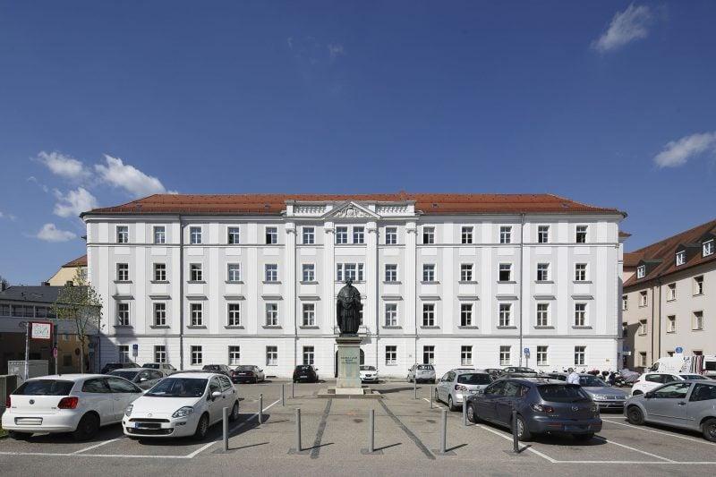 Parken Emmeramsplatz