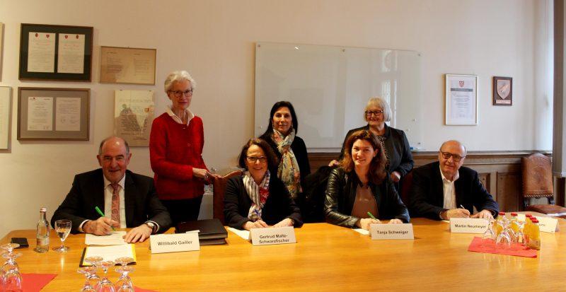 Wichtige Anlaufstelle bei Gewalt gegen Frauen Zwei neue Plätze in Regensburger Frauenhäusern
