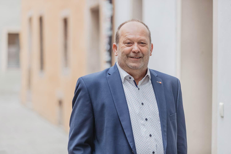 Brücke - Ernst Zierer (48)  Fachkrankenpfleger für Psychiatrie Foto: Brücke