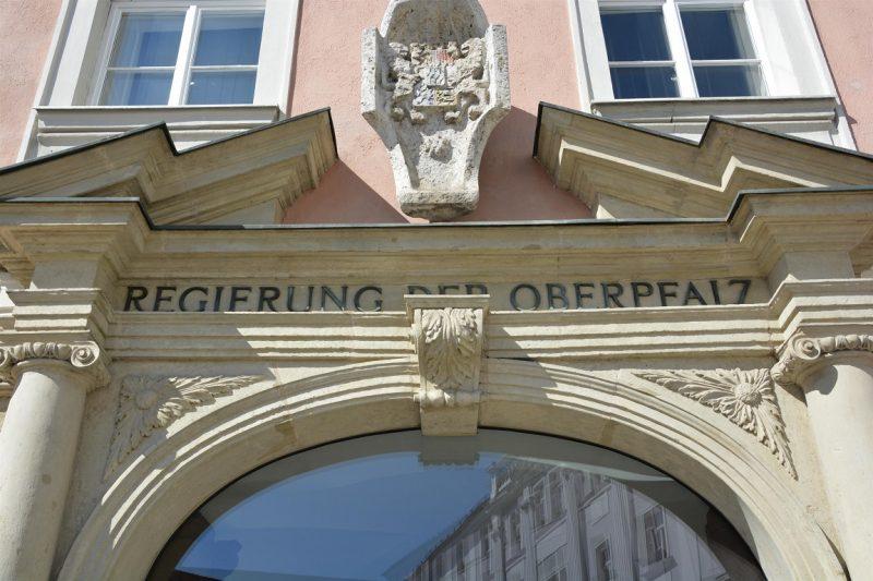 Coronavirus: Neue Arbeitszeitregelungen bis 30. Juni 2020 Regierung der Oberpfalz erlaubt Ausnahmen von der täglichen Höchstarbeitszeit, den Ruhepausen sowie der Sonn- und Feiertagsruhe