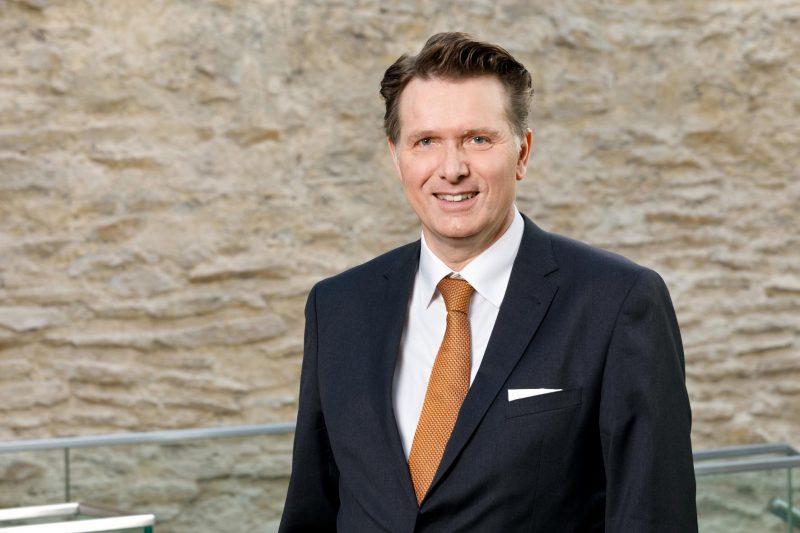 IHK Hauptgeschäftsführer Dr. Jürgen Helmes