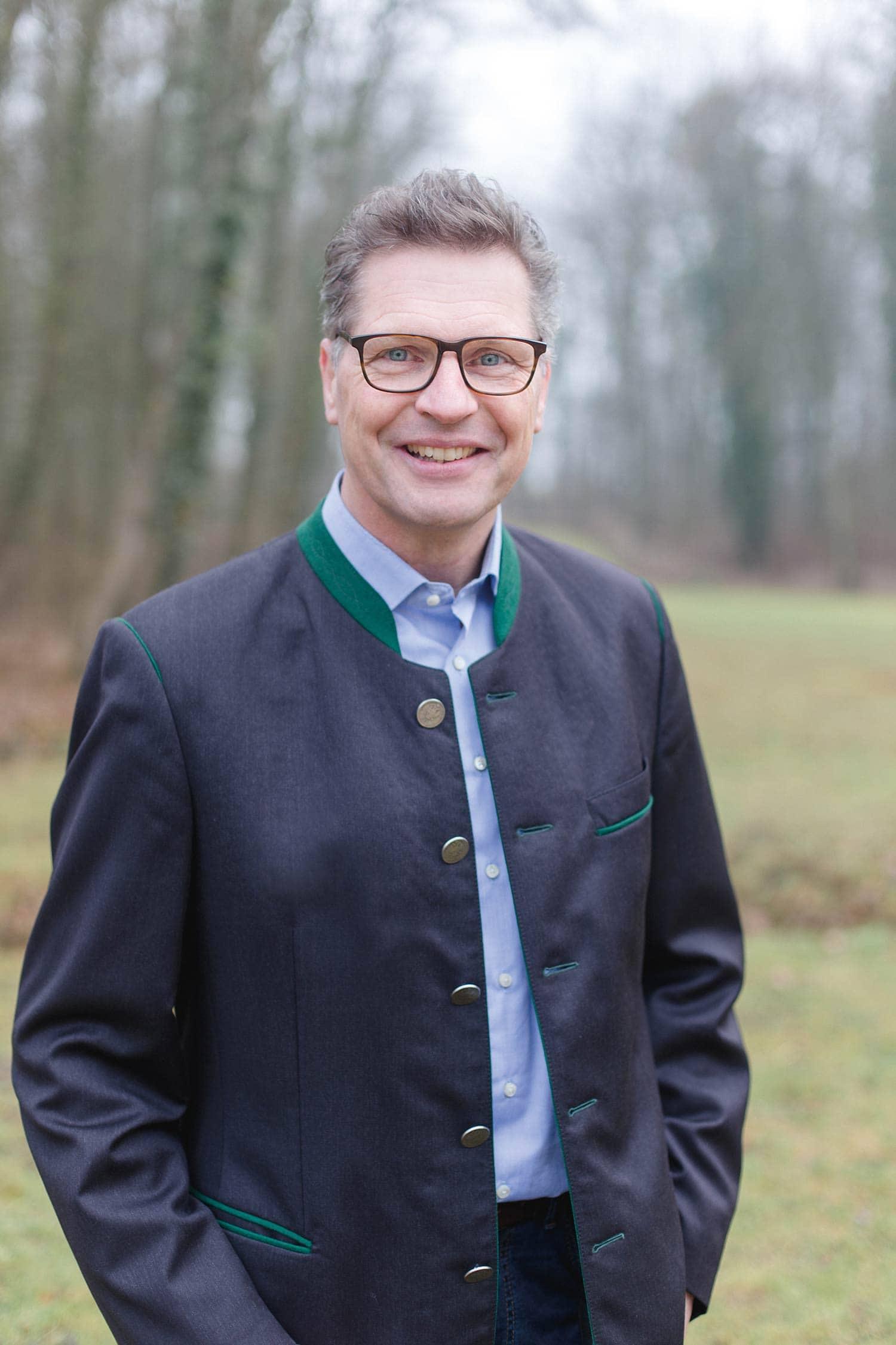 Thomas Scheuerer von der CSU/WGH (Christlich-Soziale Union/Wählergemeinschaft Hagelstadt) gewann in Hagelstadt mit  81,04 Prozent  gegen den seit 2014 amtierenden Bürgermeister Dr. Bernhard Bausenwein (Freie Wähler) mit 18,96 Prozent. Die Wahlbeteiligung liegt bei 76,77 Prozent. Foto: Martina Klinke Fotografie
