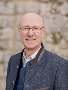 Im Markt Laaber setzte sich Hans Schmid mit 53,80 Prozent aller Wählerstimmen gegen zwei Gegenkandidaten durch. Der CSU-Politiker wurde somit als Rathauschef bestätigt.